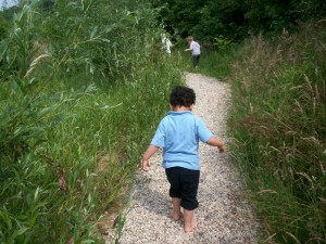 Op avontuur over het blote voeten pad